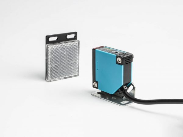 retro-reflective photoelectric sensor