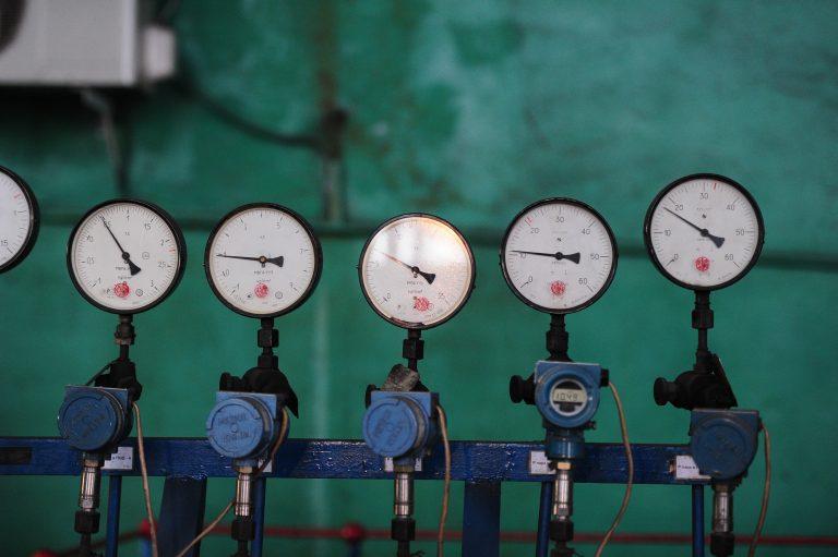 proximity sensor switch in automation machine-1